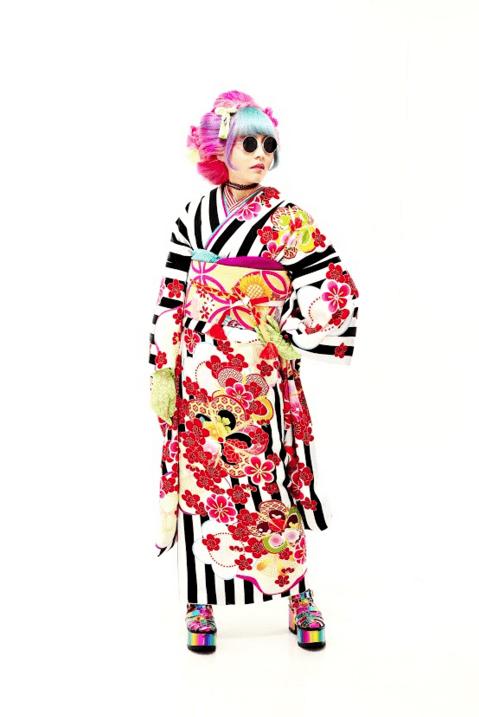 写真工房ぱれっと 成人   個性的 スタイリング 振袖 seijin kimono