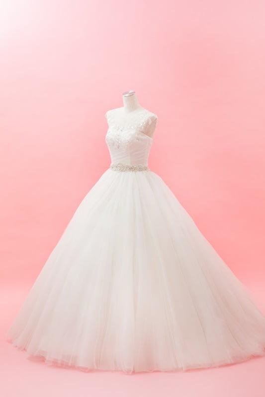 シンプルボリュームドレス