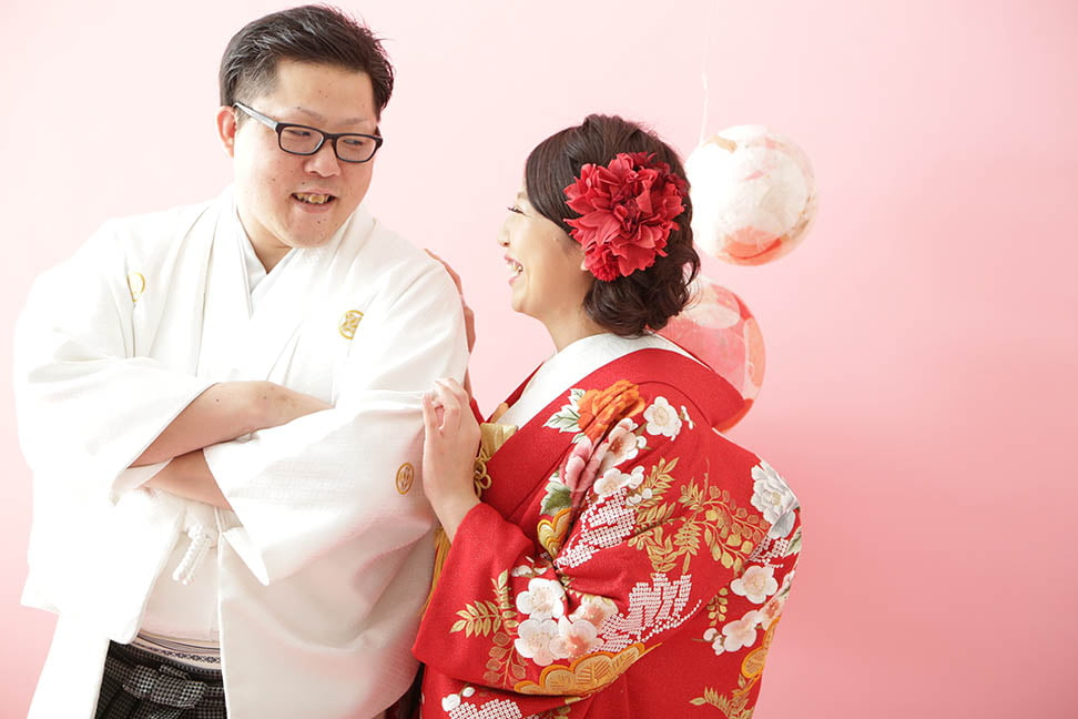 サッポロファクトリー店で結婚写真を撮影したセンパイカップル