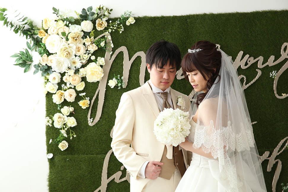 結婚写真を撮影した先輩カップル