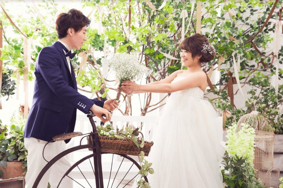 婚礼 白ドレス