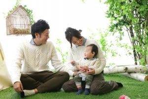ご家族みんなで作り上げるから楽しい&一生の宝物に〜札幌西店で撮る1歳記念撮影〜