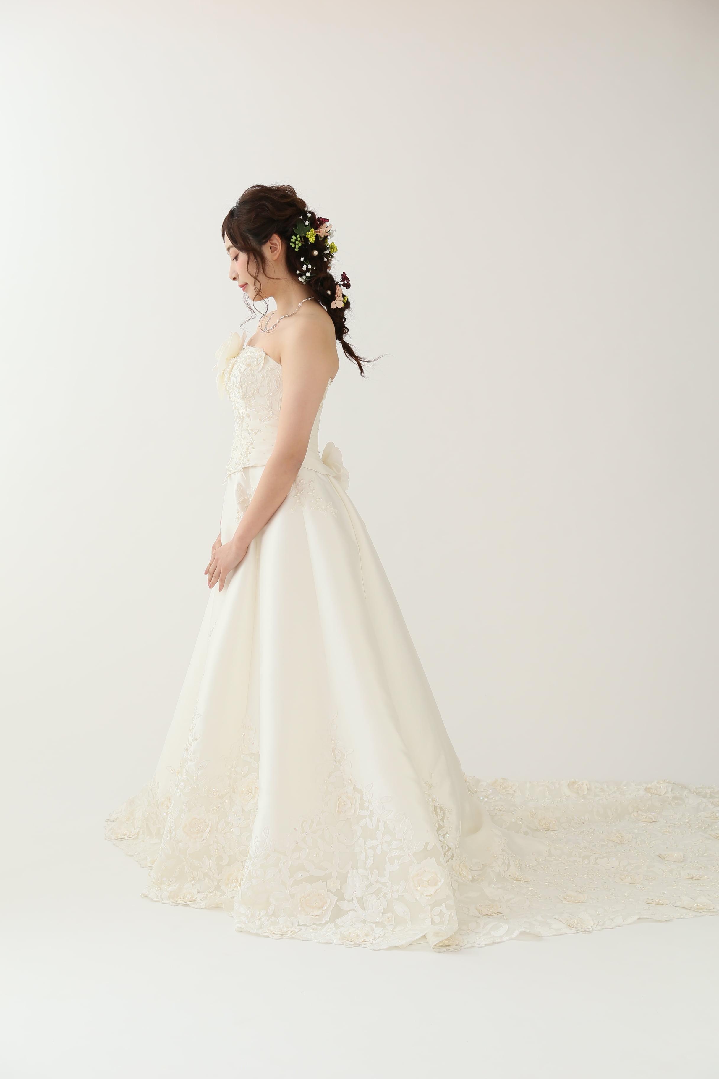 448bdb936312f 北海道花嫁必見♡ ウェディング・前撮りにおすすめヘアスタイルのご紹介 ...