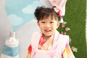 「Palette」スタジオ☆七五三記念でお越しの「りなちゃん」のお写真ご紹介!