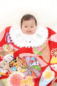 東店のお客様の赤ちゃん着物写真