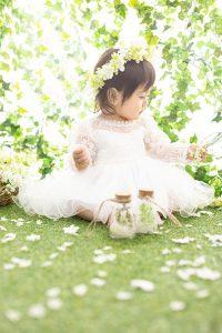 袖レース白ドレス