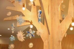 札幌西店のシンボルツリーが雪バージョンになりました!!