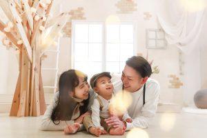 """【旭川店】NEWスタジオ『おさんぽ』のシンボル ♡ """"シンボルツリー""""家族撮影もおすすめ!"""