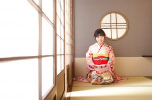 【旭川店】ハタチの記念は、本格的な和室の背景も人気です♡